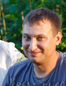 Сергей, устанавливает тахографы и глонасс трекеры