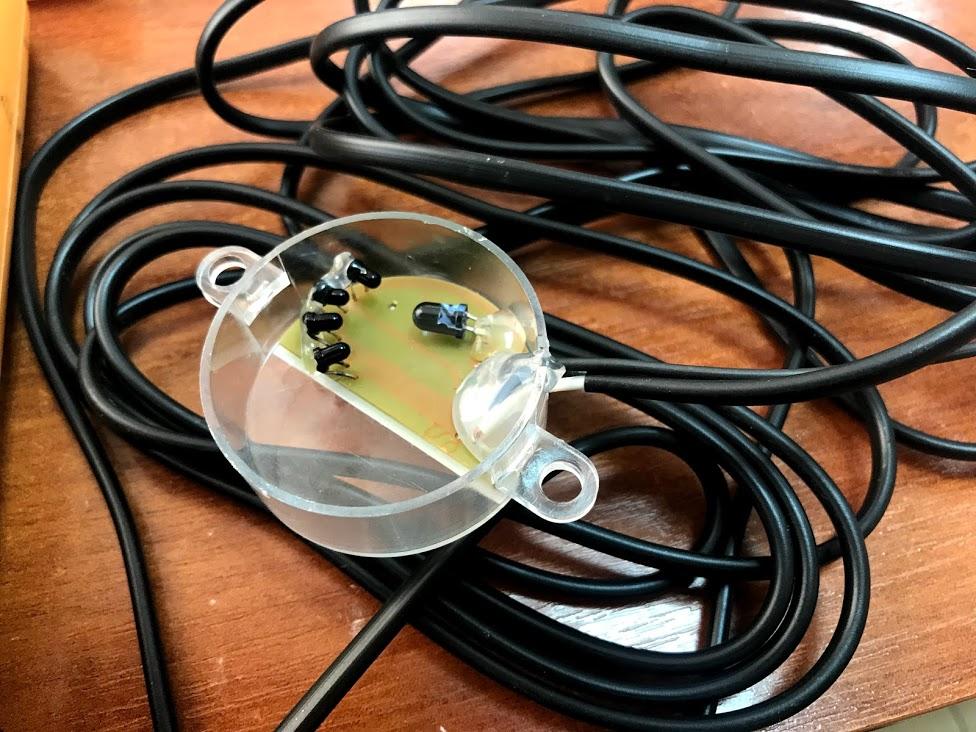 оптический датчик уровня газа (светодиоды со шторками) больше подходит для контроля заправок чем резистивный