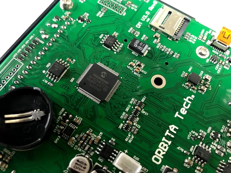 Микросхема на плате - microchip